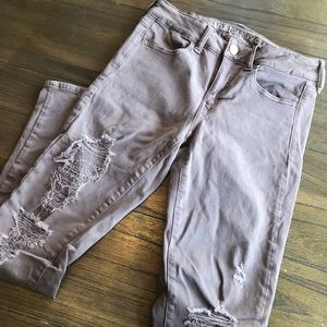 American Eagle/ distressed jeans